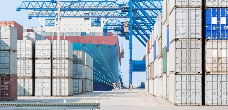 Choosing a Freight Forwarder for Amazon FBA